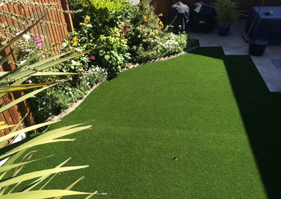 Small_artificial_lawn